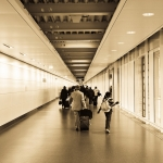 国際線の乗り継ぎ時間が1時間〜2時間は危険?失敗談と余裕のある航空券の探し方
